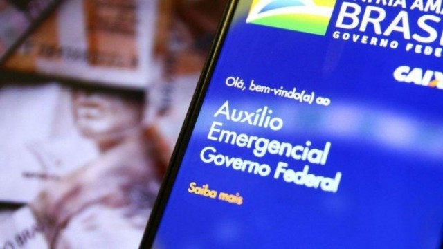 Auxílio Emergencial será Prorrogado pelo Governo por mais 3 Meses, Afirma Guedes.